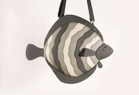 Hey, I found this really awesome Etsy listing at https://www.etsy.com/listing/166957417/flatfish-grey-felt-purse-flounder-laptop