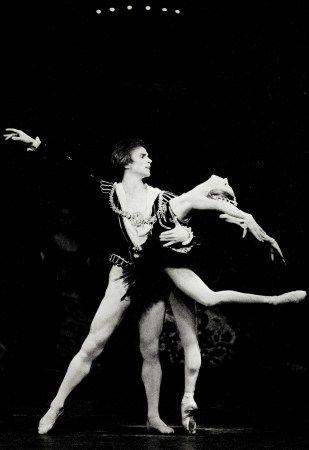 NATALIA MAKAROVA & RUDOLF NUREYEV IN SWAN LAKE.jpg