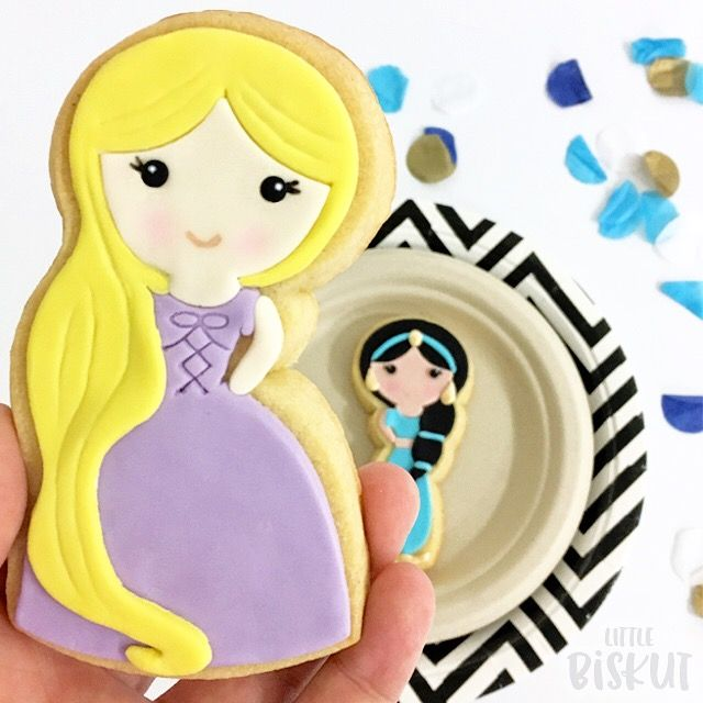 Disney Princess Cookies - Rapunzel birthday party favour