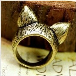D077 fashionable retro cat ear rings/silver (copper) free shipping! $27,02