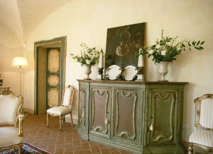 - New '800 in Tuscany - www.studiolanoce.it/en/work/private-work  Entirely new design of a villa in the classical style of '800, in the Tuscan countryside near Florence. Architecture plan, interior and exterior design, art & decor and furniture exclusively made in Italy.  #studiolanoce #studiolanocework #architecture #engineering #design #interiordesign #artdecor #furniture #madeinItaly #luxuryhome #Tuscany #Italy