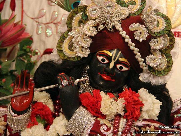 http://harekrishnawallpapers.com/sri-vallabh-close-up-iskcon-melbourne-wallpaper-001/