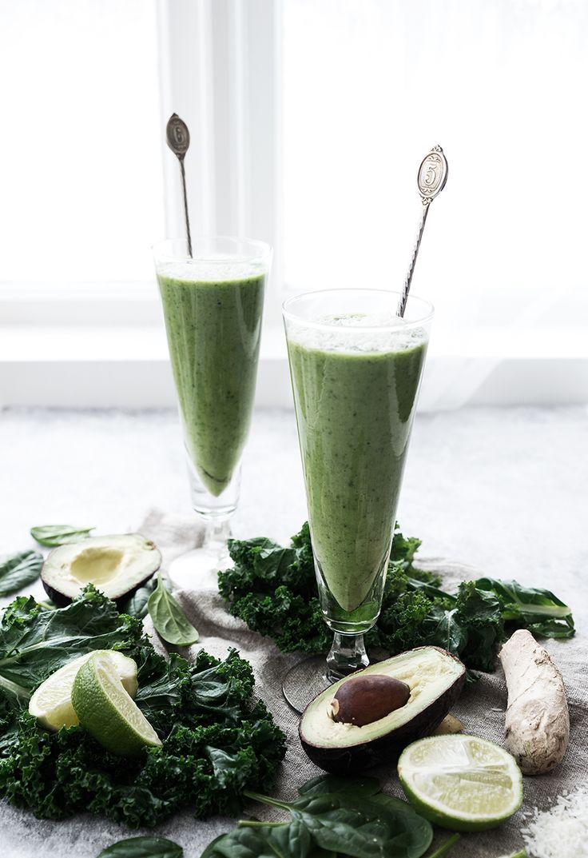 Scandinavian Wellness - Pure green love, smoothie med avokado, grönkål och brännässla