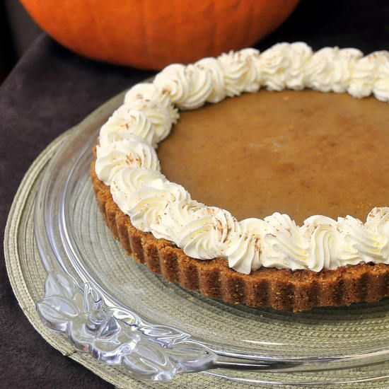 Bailey's Irish Cream Pumpkin Tart - A perfect end to Thanksgiving dinner or any Autumn meal.