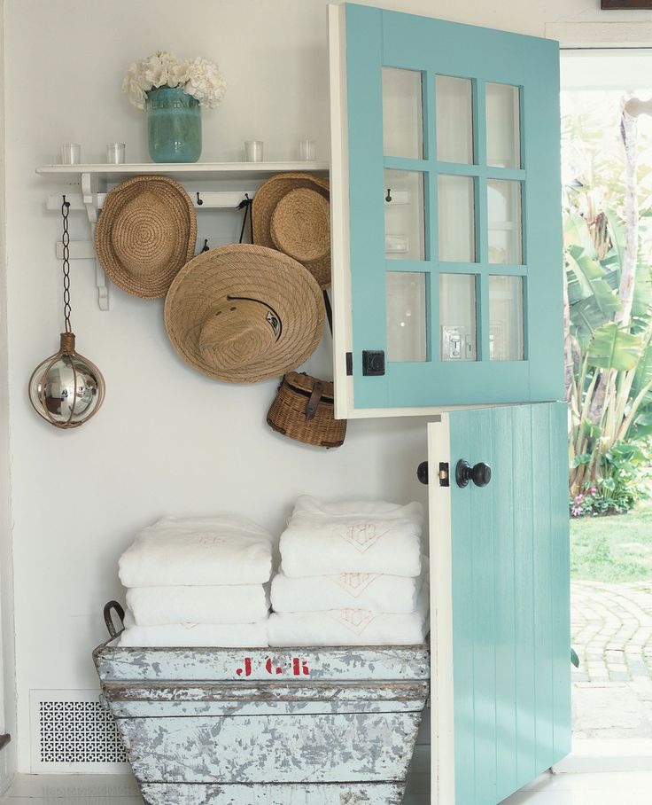 love that double aqua door!