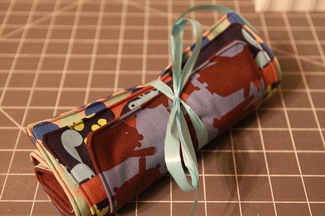 burp cloth tutorial--flannel and cotton fabricBaby Time, Cotton Fabrics, Burp Clothes, Diy Baby, Diy Burp, Baby Girls, Tutorials Flannels Cotton, Baby Gift, Burp Clothing Tutorials