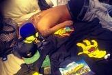 ¡Rihanna publicó una foto de Chris Brown en la cama y sin camisa!