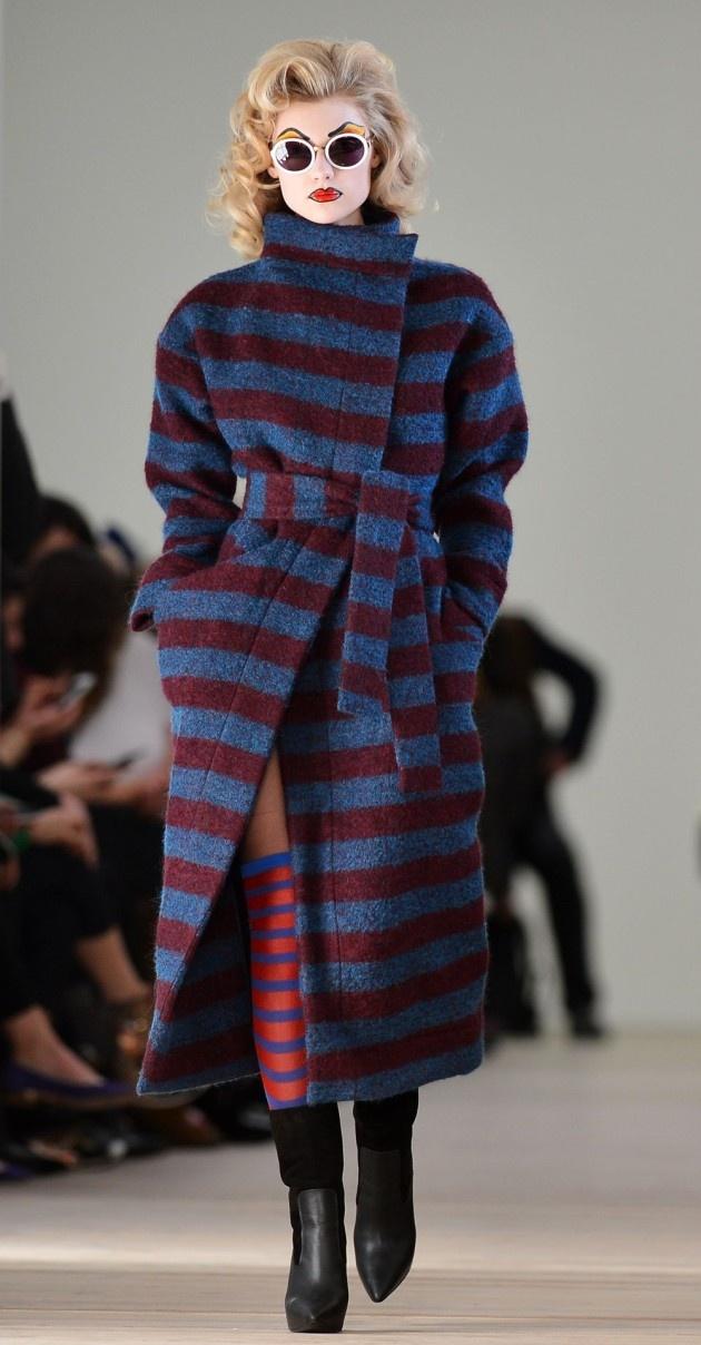Bekijk de collectie van de Engelse modeontwerpster Vivienne Westwood #LFW