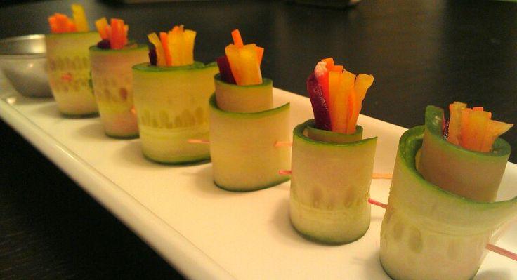 Cucumber veggie roll (carrot, yellow bell pepper & beet wrapped in cucumber & served with an organic balsamic vinaigrette).