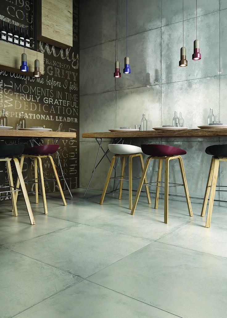 Res Cover -sarjan betonimaiset laatat sopivat myös keittiön välitilaan. Saatavana himmeä- ja kiiltäväpintaisena useassa eri koossa. #pukkilalaatat #pukkila