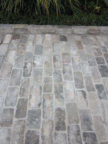 Antique Granite Cobblestones | Historical Bricks