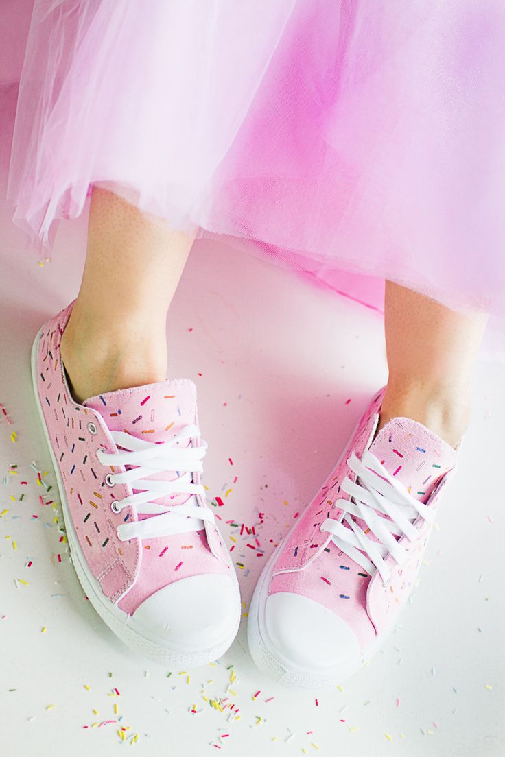 DIY Ice Cream Sprinkle Sneakers in Pink. These would make super cute Bridal or bridesmaid pumps.