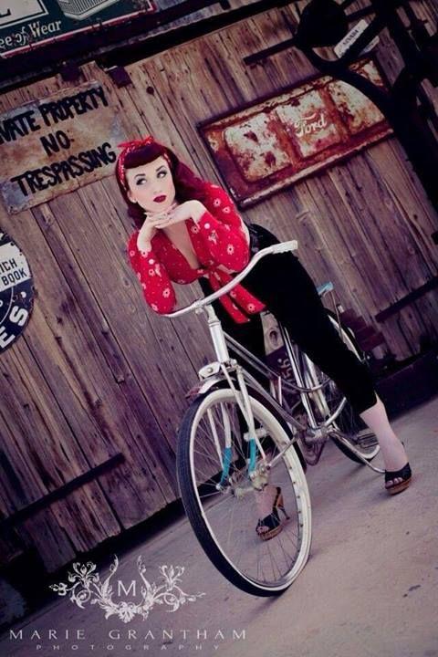 Love the bike   Model: Lisa Luxe  Photo: http://mariegranthamphotography.com/