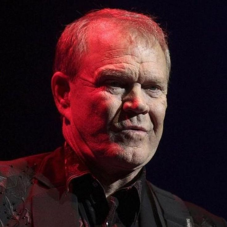 Country music singer Glen Campbell, who had a string of worldwide hits in the 1960s and 70s, died aged 81.