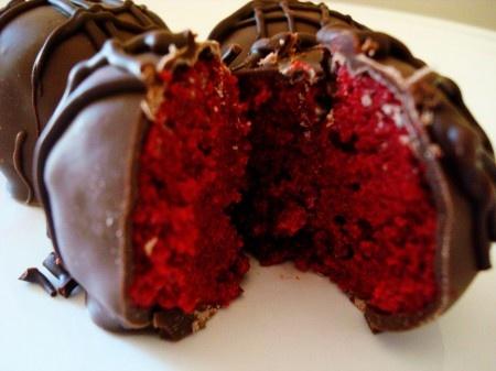 Red Velvet Cake BallsCake Recipe, Ball Recipe, Red Velvet Truffles, Cake Mixed, Cake Truffles, Food, Oreo Truffles Recipe, Cake Ball Yummmmm, Red Velvet Cakes