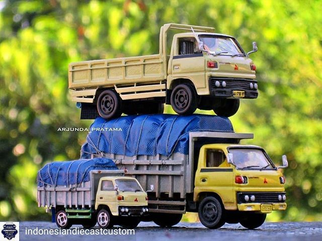 Regrann From Indonesiandiecastcustom Repost From Arjunda Pratama Republica Omplongs Umplung Umplungmania Tomicacustomindonesia Tomicin T Mobil Truk