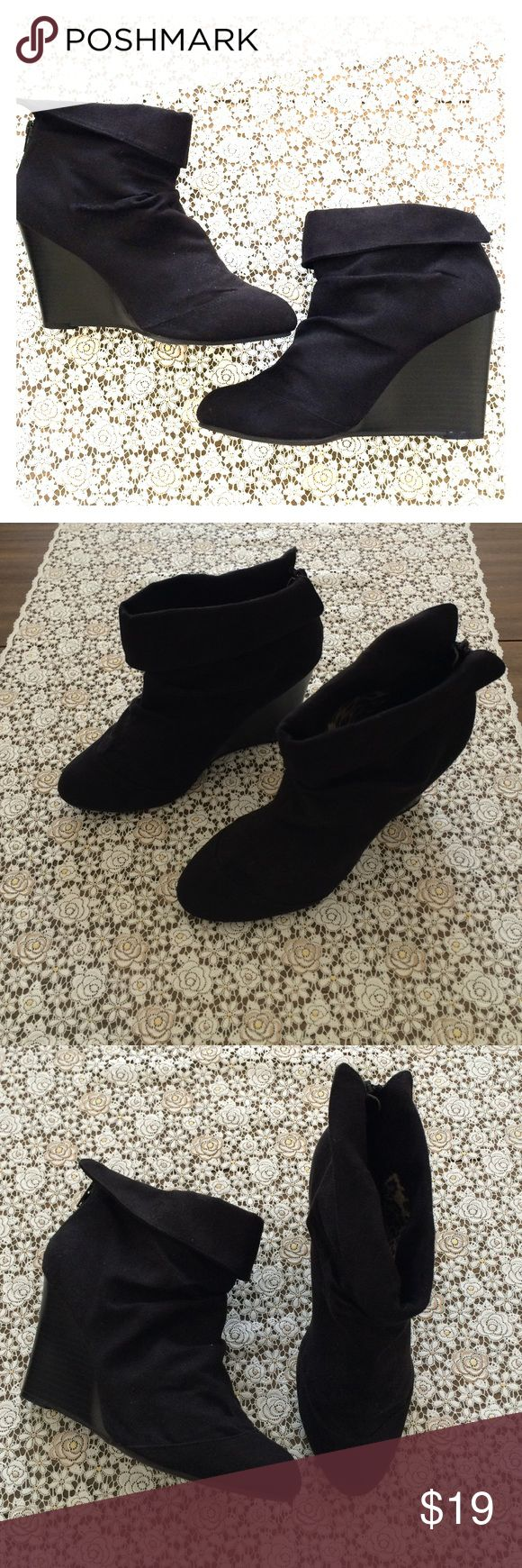 Kenneth Cole Unlisted Black ankle boots 8 Kenneth Cole Unlisted Black wedge ankle boots 8. Good condition. Back zipper. Wedge style. 💋 Unlisted Shoes Ankle Boots & Booties