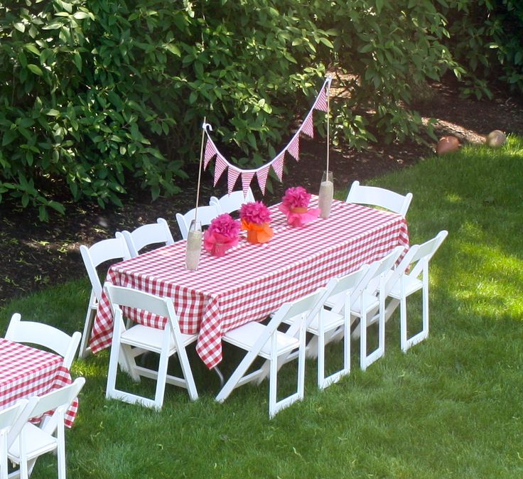 Gingham tablecloth, backyard bbq