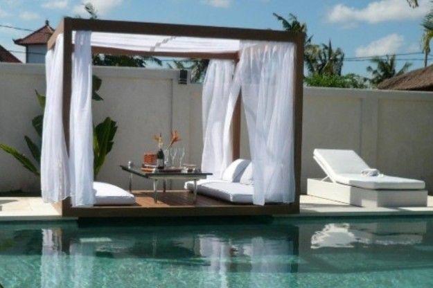 Gazebo da giardino - Gazebo in legno con tende in lino bianco