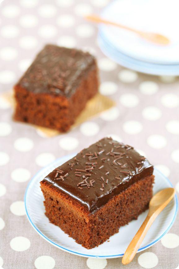 """Verdade de sabor: Brazilian chocolate cake """"Nega Maluca"""" / Nega Maluca com cobertura de brigadeiro"""