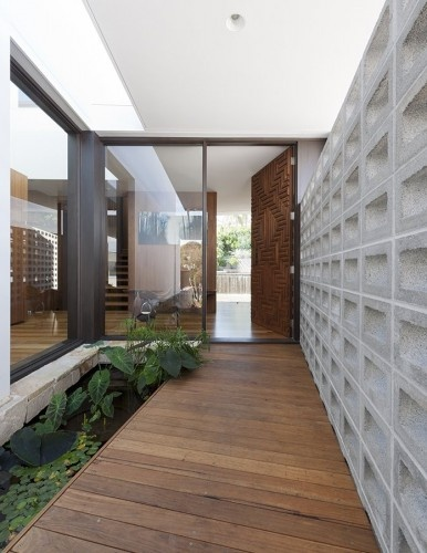 2013 Flipped House Design By MCK Architects Architecture Interior