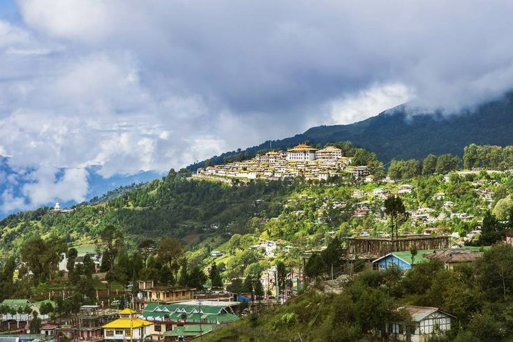 4 offbeat summer getaways in India