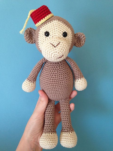 Ravelry: Cheeky Little Monkey, free #crochet pattern by Julie Erskine, amigurumi, stuffed toy, #haken, gratis patroon (Engels), aap, knuffel, speelgoed, #haakpatroon