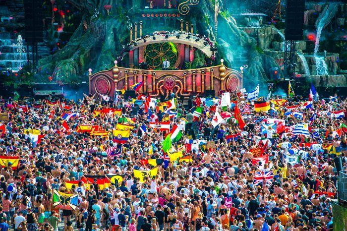 Unite with Tomorrowland 2017