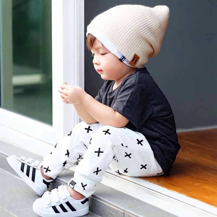 What is your mini wearing today? Super cute! : @biorkpink  Click link in bio to purchase sneakers <http://bit.ly/1WNYPmq> #minilicious #adidas #kidsfashion #ootd #wdywt •