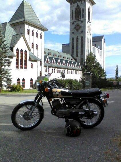 Yamaha RS 100 cc 1975 a L'abbaye de St- Benois du lac
