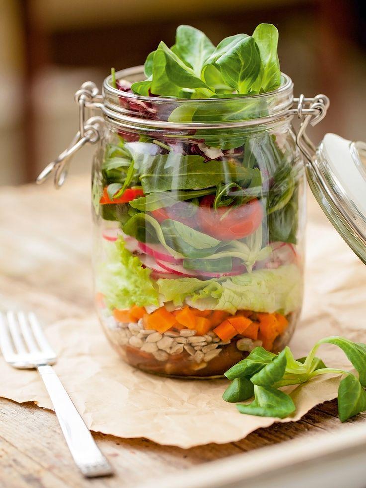3 receitas de saladas práticas para levar na lancheira