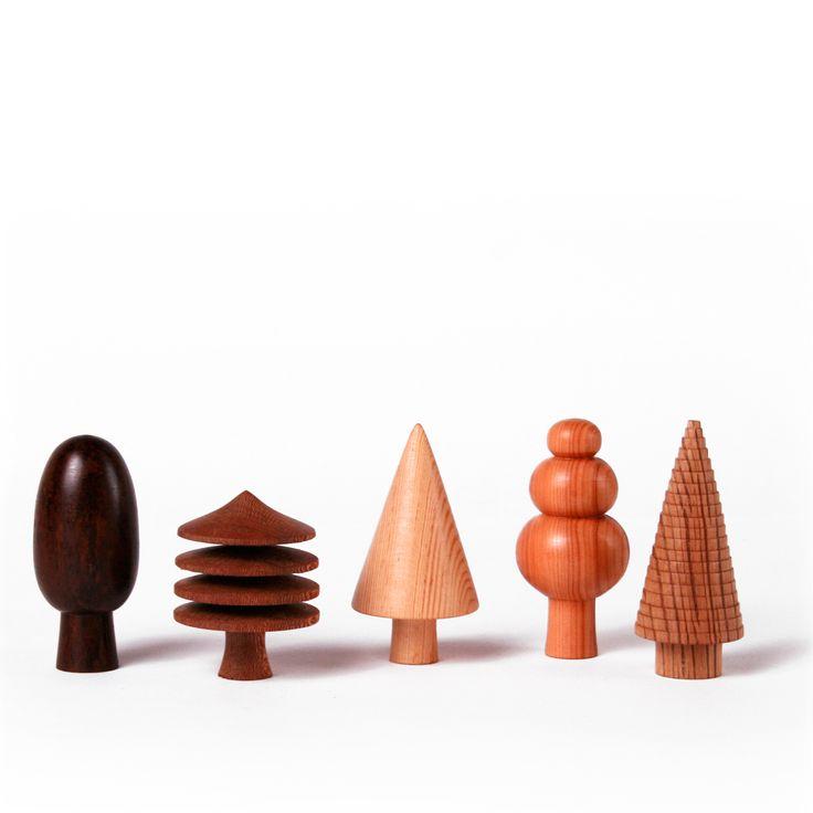 woodland-wooden-tree-ornaments-variety.jpg