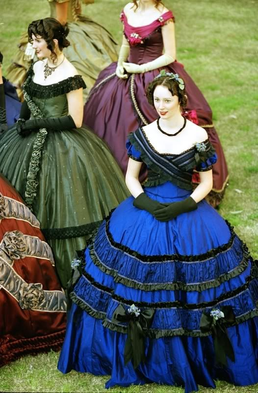 Victorian costume. Women's dresses satin, lace and corsets @gigiwaichew Dickens Fair Charles Dickens San Francisco Cow Palace Christmas Faire