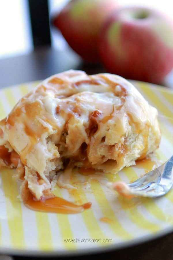 Best Ever Caramel Apple Cinnamon Rolls | 20 Yummy Things You Absolutely Must Bake This Fall