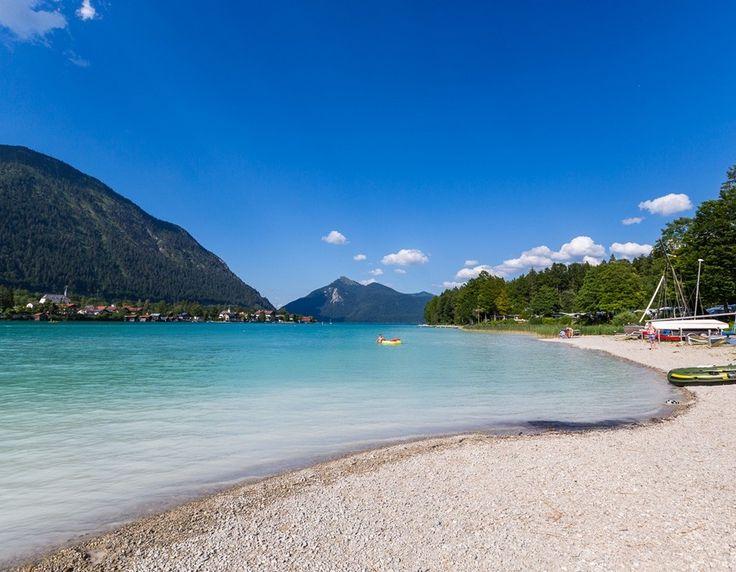 Camping Pangerl am Walchensee in Oberbayern. Idyllischer Campingplatz direkt am Walchensee. Ideal für Ihren Urlaub mit Freizeitaktivitäten.