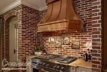Картинки по запросу какие цвета в интерьере кухни-столовой сочетаются с печкой  из красного  кирпича