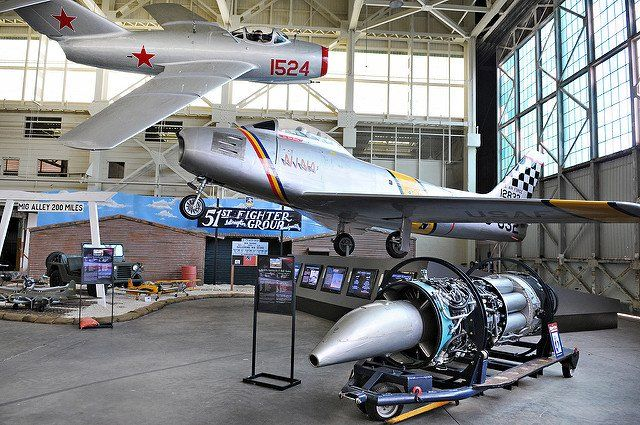 Pac Aviation Museum ‏@PacificAviation   MiG Alley Exhibit in Hangar 79, featuring the Mikoyan-Gurevich MiG-15 & North American Aviation F-86E Sabre.