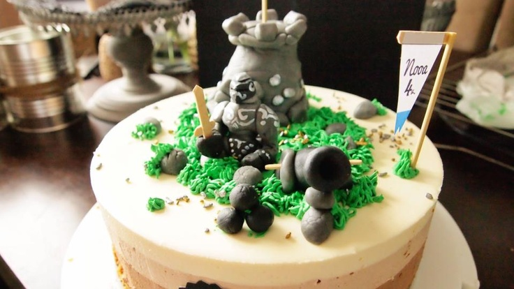 Knight and castle cake