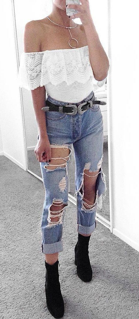 stylish street style outfit: top + ripped jeans
