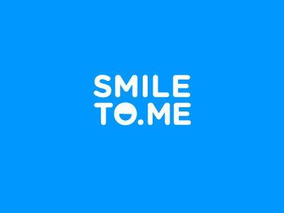 Smile To Me logo. Friendly, iconic, simple.