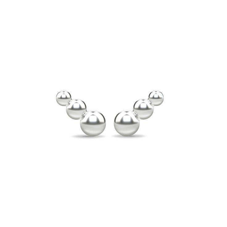 Spinning Jewelry er et stilfuldt og moderne dansk smykkebrand, som skaber kvalitetssmykker i ægte materialer (925 Sterling sølv & sølvforgyldt med 22 karat guld). Kombiner ringe og øreringe på tværs af materialer, forarbejdning, overflader og stene, design dit eget unikke look. EXPRESS YOUR INDIVIDUALITY
