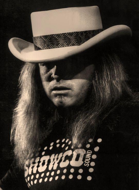 Ronnie Van Zant - Lynyrd Skynyrd