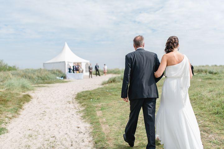 Nordsee Strandhochzeit - Foto: Hochzeitsfotografin Sandra Hützen www.sandrahuetzen.de