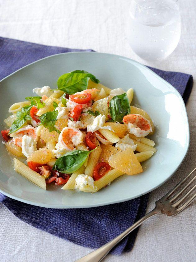 【ELLE a table】海老とグレープフルーツのパスタサラダレシピ|エル・オンライン