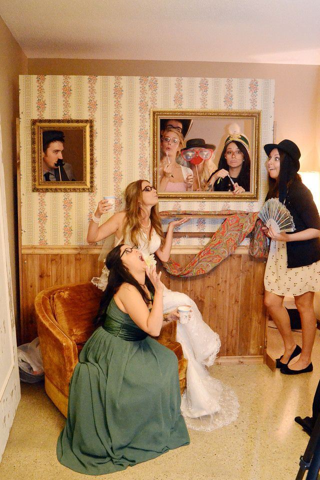 115 best photo booth ideas images on pinterest halloween party photo booth solutioingenieria Choice Image