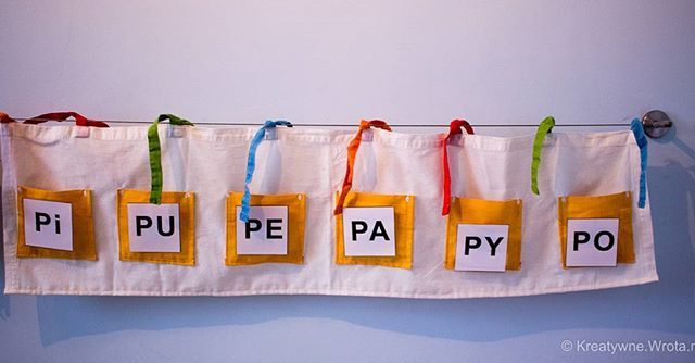 """""""kieszonki do wszystkiego"""" #logopedia #speechtherapy #terapia #therapy #afazja #aphasia #creative #children #fun #play #dzieci #dziecko #zabawa #kreatywnie #kreatywnezabawy #montessoriathome #montessori #kidscrafts #preschool #preschoolteacher #ideas #montessoriactivity #instakids"""