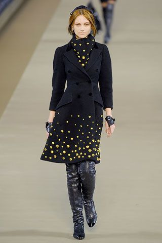 Chanel Fall 2006 Ready-to-Wear Fashion Show - Fabiana Semprebom