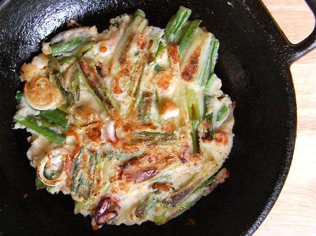 Crispy Seafood Pancake (해물 파전 - haemul pajeon) - No better way to eat a whole bunch of scallion