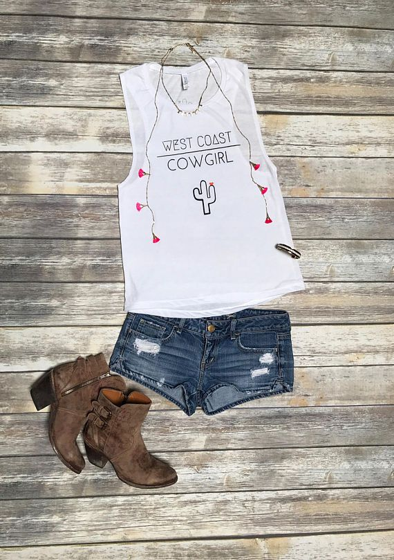 What to Wear to Stagecoach (& Every Country Music Festival) | http://www.hercampus.com/style/country-music-festival-outfits-stagecoach
