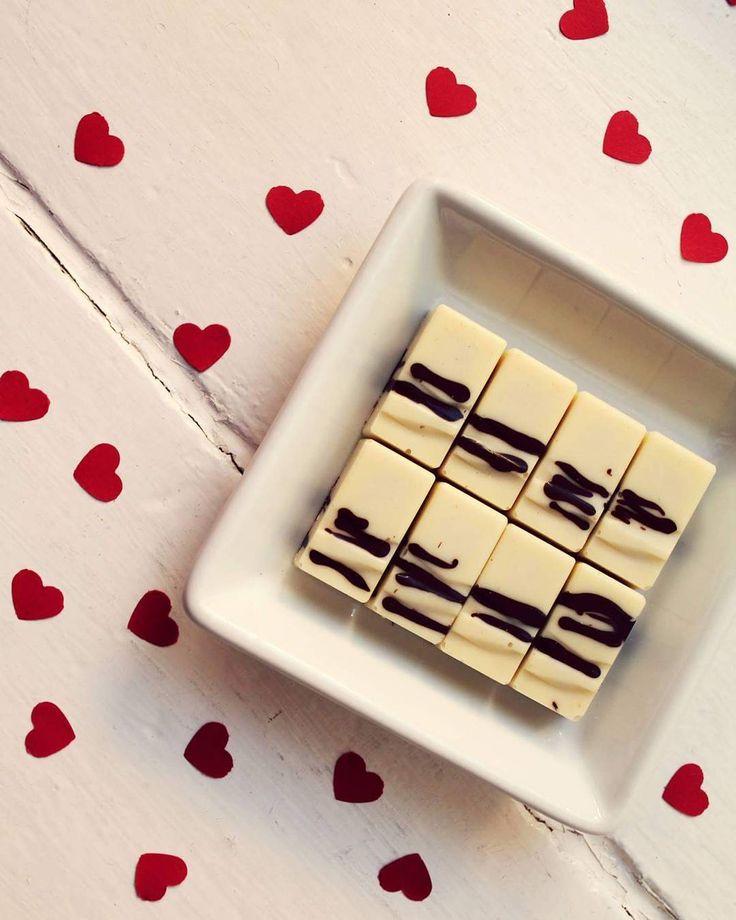 #luichocolateboutique #boutique #stracciatella #bilacokolada #choco #cokolada #znojmocity #znaim #znojmo #czechrepublic #czech #ceskarepublika